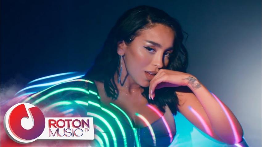 Adrian Sina feat. Ruby - Prieteni buni Videoclip Nou Online
