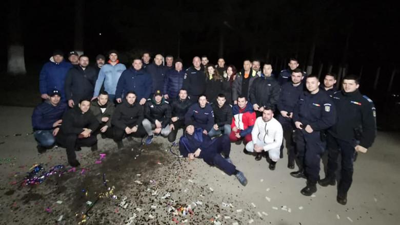 Jandarmii din Brașov, amendați după o petrecere-surpriză pentru șeful lor, fără măști și distanțare fizică VIDEO