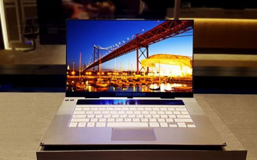 Samsung a prezentat primul ecran OLED de 15,6 inch cu rezoluție 4K