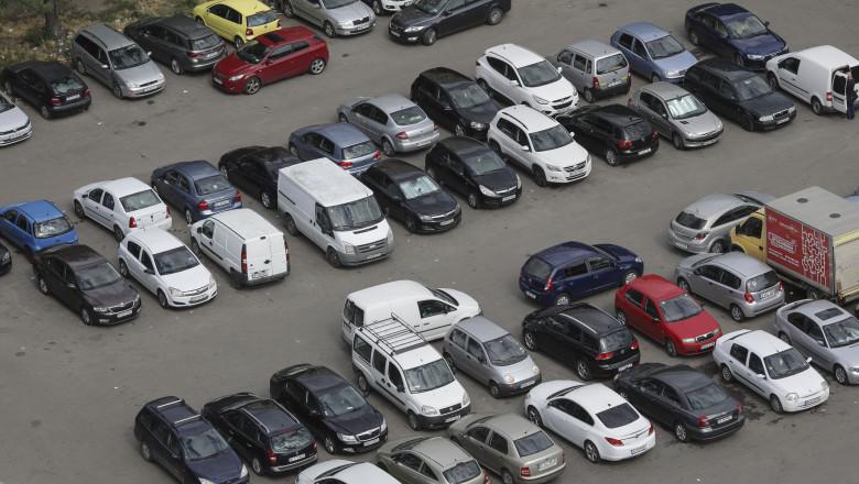 Bucureștenii vor plăti de șapte ori mai mult pentru locul de parcare, vezi Zonele de taxare din Capitală