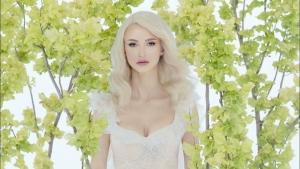 """Andreea Bălan a lansat piesa """"Am crezut în basme"""". E inspirată din căsnicia ei cu George Burcea"""