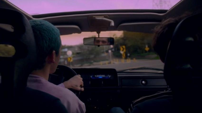 """Ascultă colaborarea dintre Lauv și Troye Sivan, """"i'm so tired"""""""