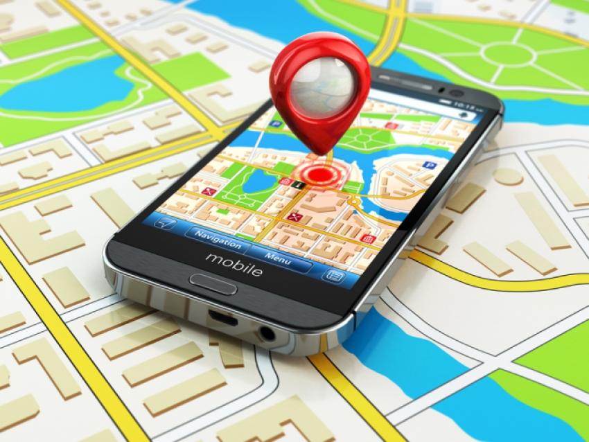 WAZE sau GOOGLE MAPS? Cea mai buna aplicatie pentru condus Navigatie GPS